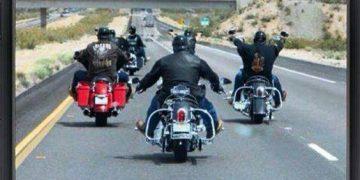 friends & motorbikes